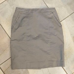 H & M Gray Lined Straight Pencil Skirt 6